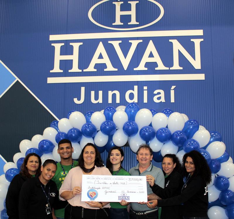 APAE de Jundiaí recebe R$ 37 mil na Campanha Troco Solidário da Havan