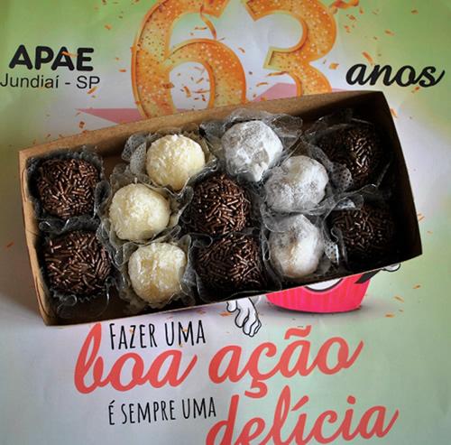Campanha da APAE e Ivete Bolos resulta na venda de 59 caixas de brigadeiro