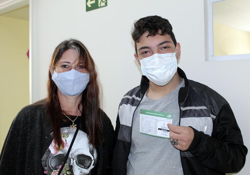 Usuários da APAE são vacinados contra a Covid-19
